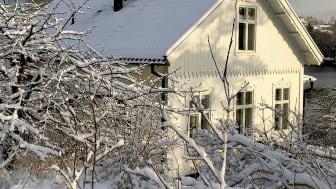 Den nya internationella standarden IEC 62938 för provning av tålighet mot ojämnt fördelad snölast kompletterar den etablerade standarden IEC 61215.