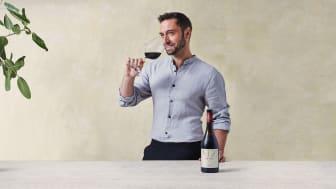 MZ Raval - ett nytt spanskt rött vin signerat Måns Zelmerlöw.