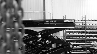 EdmoLift's customized TRD 100 lift tables can be found at different Volvo factories around the world.