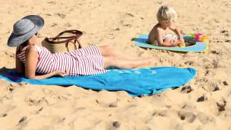 strandpool-med-leksaker-smartasaker.jpg