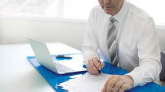 Mit dem neuen Service-Netzwerk greift DA Direkt individuelle Kundenbedürfnisse auf: Kunden der Geschäftsstellen erhalten ab dem 1. Juli ihren eigenen persönlichen Versicherungsfachberater am Telefon.