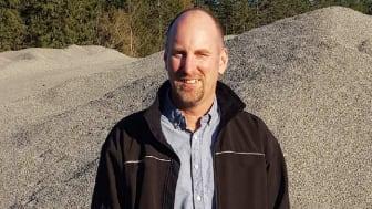 Ola Åkerman fortsätter som VD för Sätertorps Grus AB, nu med Finja som huvudägare.