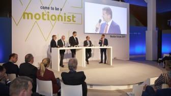 Diskussion auf dem Wiehler Forum: Wie kann im schweren Güterverkehr auf der Straße der Mix aus Diesel und neuen Antriebskonzepten technologisch und wirtschaftlich gelingen?