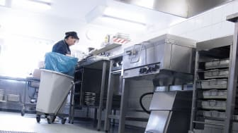 Storköksränna monterad i restaurangkök