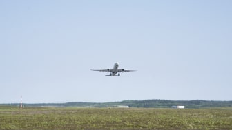 Aircraft during take off at Stockholm Arlanda Airport. Photo: Victoria Ström