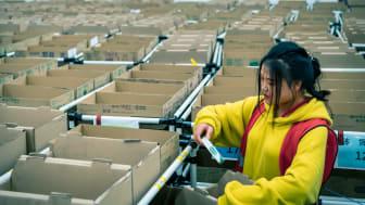 Under 24 timmar hanterade 3 000 anställda på DB Schenker totalt 2,5 miljoner ordrar i samband med Singles' Day förra året.