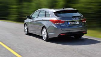 Hyundai i40 i stor fart