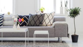 Våg å gi gulvet et fantastisk løft med den nye og testvinnende* gulvmalingen Perform+ Diamond Floor.
