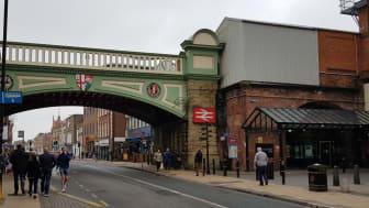 Worcester Foregate Street station entrance