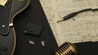 De svenskdesignade öronpropparna dämpar volymen utan att försämra ljudet.