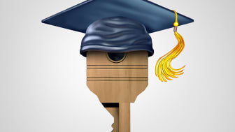 Tolv elever utbildas till låstekniker i SLR:s regi.