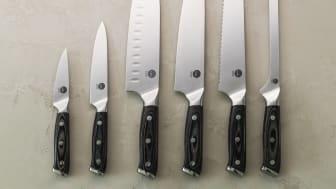 Knives_1948_all_knives_clean_landscape_portrait
