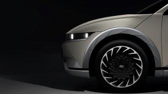 Första teaserbilderna på Hyundai IONIQ 5