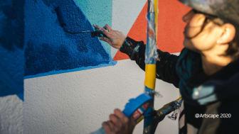 Artscape FORM - konstnären Anna Taratiel skapar konst med Nordsjös kulörer.