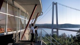 Högakustenbron är ett av de mest omtyckta resmålen i Kramfors kommun.