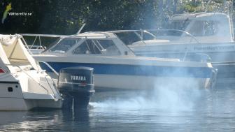 Vätternliv - båtmotorstart