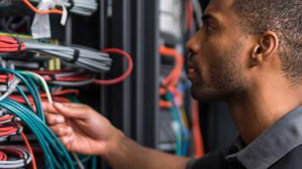 For den som har ansvaret for nettverksinfrastruktur er arbeidet med å holde nettverket i gang en svært viktig del av jobben.