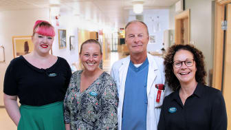 Kim Björn, medicinsk sekreterare, Sandra Helenius, sjuksköterska, Håkan Ivarsson, överläkare och Louise Konradsson, enhetschef, lovordar alla det nya arbetssättet vid ronden.