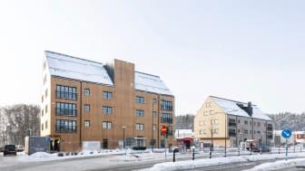 Sjöstadsorgangeriet i Ekerö som byggts med massiv trästomme och lättbalk i takkonstruktionen