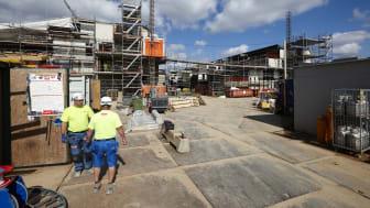 KAB TRUST er navnet på det nye byggepartnerskab, der skal håndtere byggesager for boligorganisationerne i KAB-fællesskabet, hvis boligorganisationerne vælger det.