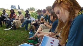 Svenska scouter delar erfarenheter om kvinnors ledarskap i Burundi