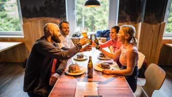erzgebirgische Gastlichkeit genießen