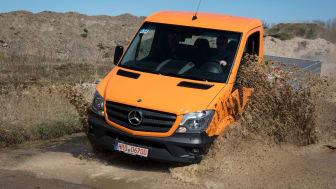 Sprinter 6x6 er en bil for dem, der har behov for at få mandskab og materiel frem uanset omstændighederne