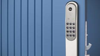 Yale Doorman vit på blå dörr