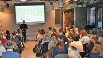 NGBC arrangerte i dag frokostmøte om prosjektledelse og BREEAM til en fullsatt sal i Kongens gate 1. Anders Nohre-Walldèn ønsker velkommen.