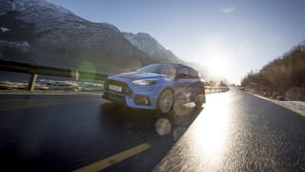 2018 Ford Focus RS taxi (3)