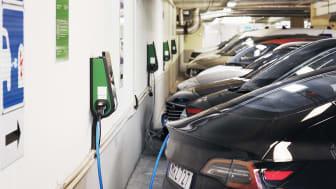 Ytterligare 500 laddplatser ska byggas på Parkering Göteborgs parkeringsplatser.
