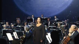 """Katarina Karnéus är en av många solister som medverkar i konserten """"Till glädjen"""". Foto: Lennart Sjöberg"""