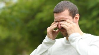 Pollenallergi är den vanligaste formen av allergi hos befolkningen, med symptom som bland annat klåda i ögon, hals och näsa, huvudvärk, hosta, astma och trötthet.