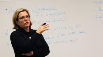 Anneli Häyrén: genusanalys av den ojämställda rekryteringsprocessen
