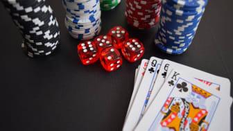 Casinospel online får allt fler restriktioner.