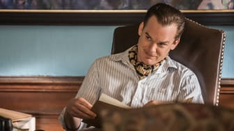 Michael C. Hall i den nye Viaplay-serien «The Defeated». Foto: Stanislav Honzik/NENT Group