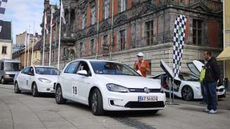 Elbilsrallyt runt Öresund gick i mål på Stortorget