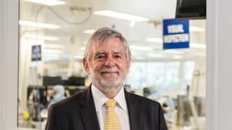 Docent Jim Patrick har tilldelats Order of Australia för sitt arbete med utveckling av cochleaimplantat