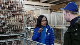 Journalist Thelma Obaze hos Saga Fisk