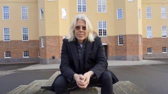 Att förstå sig själv och andra människor, det har varit min hävstång in i tekniken, menar Kari Rönkkö, professor i informatik vid Högskolan Kristianstad.