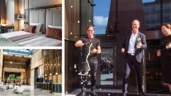 Petter Stordalen, som sammen med Eirik Thrygg, administrerende direktør i Höegh Eiendom og hotelldirektør Sara Jensen åpnet hotellet onsdag formiddag. Foto: Akers Avis Groruddalen og Knut Neerland