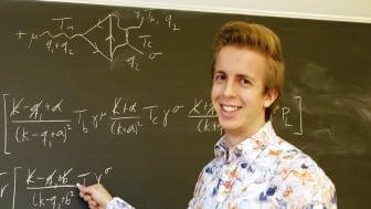 Anders Wall-stipendium till ung matematiker, partikelfysiker och pianist