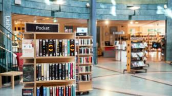Munskydd är tillåtet för bibliotekspersonal – men avstånd måste hållas