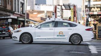 Ti år efter DARPA 2007 – Fords selvkørende biler