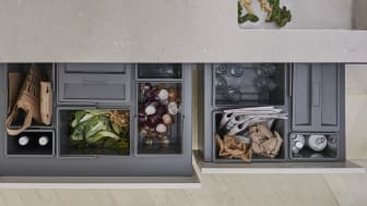 Utöver matavfall och frukt och grönsaksskal är det vanligast att sortera plast (42 procent), konservburkar (41 procent) och glas (41 procent) i köket.