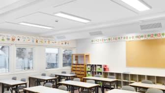 Denne løsningen for belysning i klasserom er blant markedets beste og mest lettmonterte.