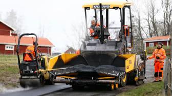 Volvo P2870D - en liten asfaltläggare med bred repertoar
