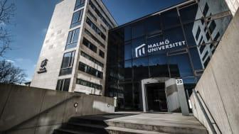 Institutionen för kriminologi vid Malmö universitet och Polisområde Malmö har ingått en överenskommelse om fortsatt samarbete i ytterligare tre år.