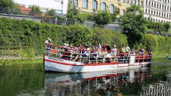Hoffentlich bald wieder möglich: Bootsfahrt mit Familie und Freunden auf dem Karl-Heine-Kanal - Foto: Andreas Schmidt
