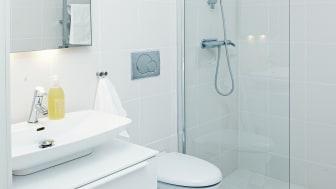 Toalett och dusch i One Tonne Life-huset